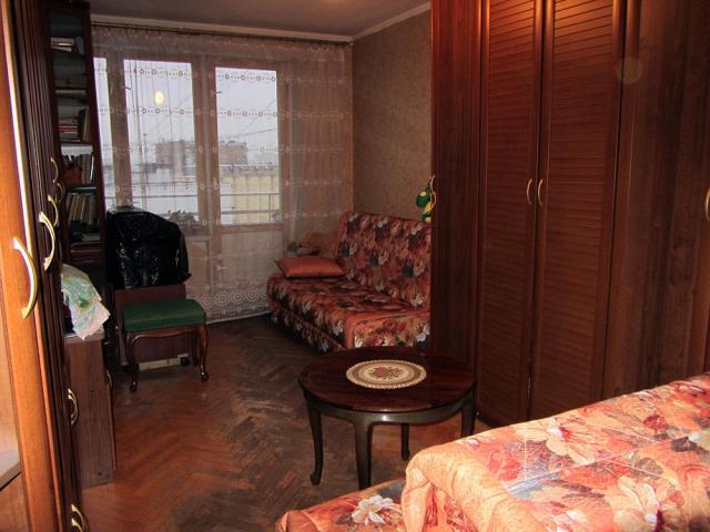 Продается 3-комнатная квартира, Русаковская ул., 22