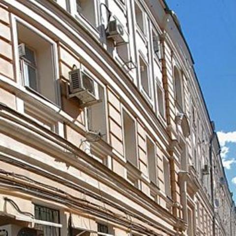 Петровка ул. ,  26