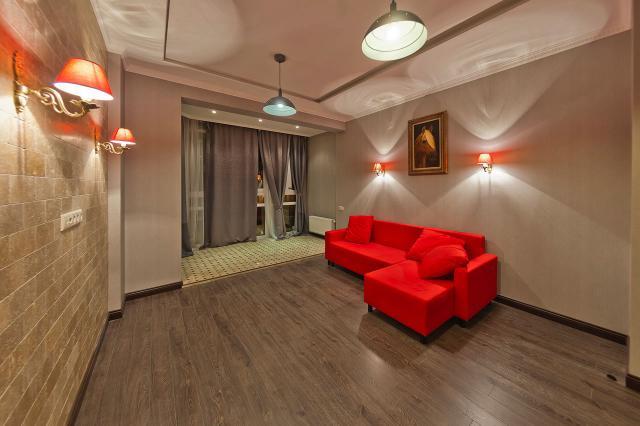 купить 4 комнатную квартиру на ломоносовском проспекте очень
