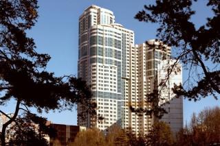 Продается 4-комнатная квартира, Ленинский пр-т, 111К1
