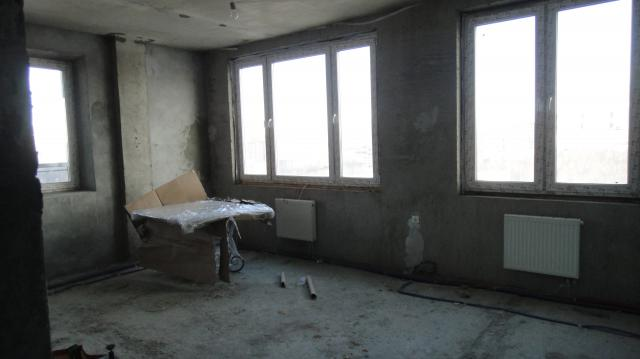 Продается 3-комнатная квартира, Народного Ополчения ул., 33