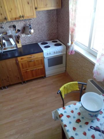 Продается комната в 3-комнатной квартире, Беловежская ул., 21к2