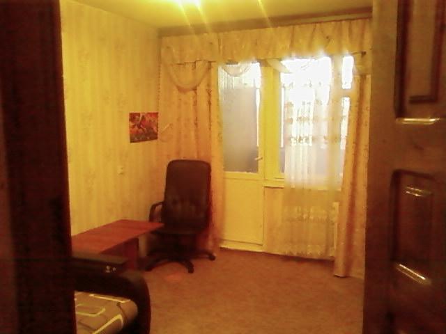 Продается комната в 2-комнатной квартире, Светлая ул., 4