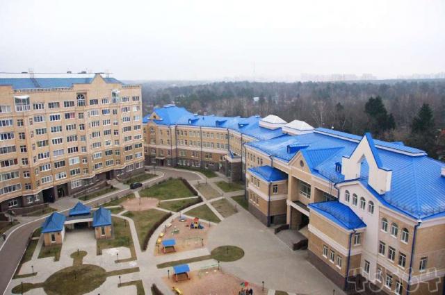 Помещение находится в жилом комплексе переделкино в районе ново-переделкино западного административного округа