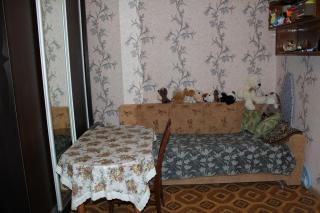 Продается комната в 4-комнатной квартире, Трофимова ул., 24К2