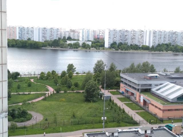 Гурьянова ул. ,  57К2