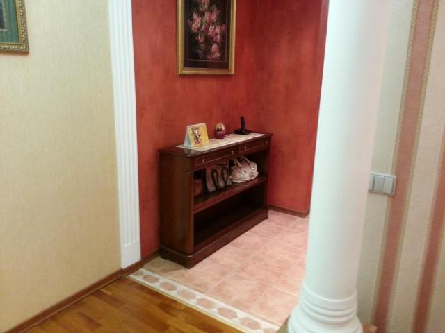 Продается 4-комнатная квартира, Жулебинский бул., 5