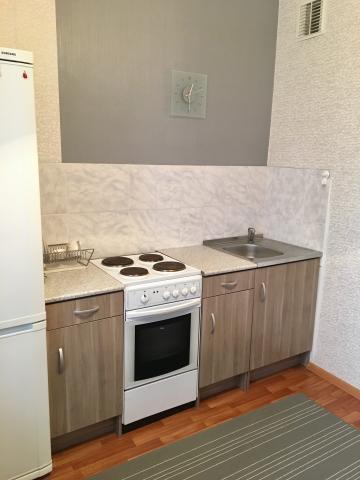 Продается 1-комнатная квартира, Граничная ул. (Ольгино мкр), 36
