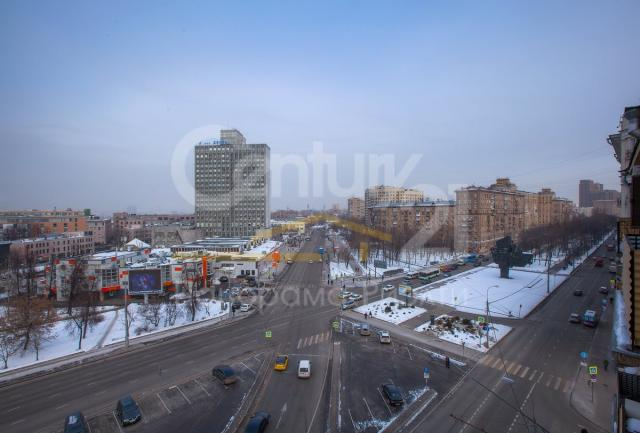 Автозаводская ул. ,  11