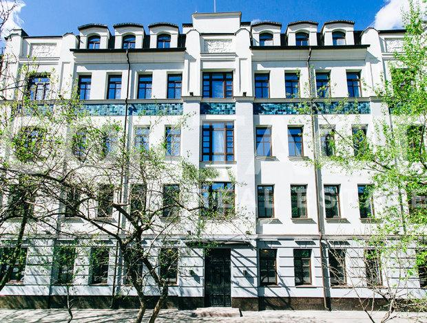 Добрынинский 1-й пер. ,  8