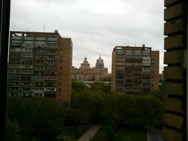Украинский бул. ,  8С1