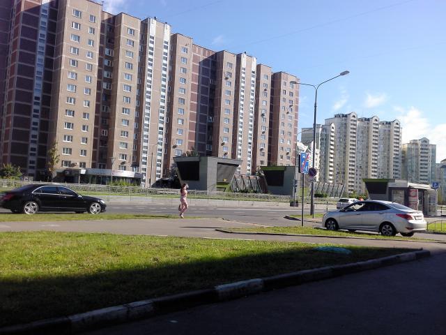 Генерала Кузнецова ул. ,  17