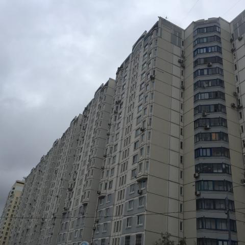 Ленинский пр-т ,  127